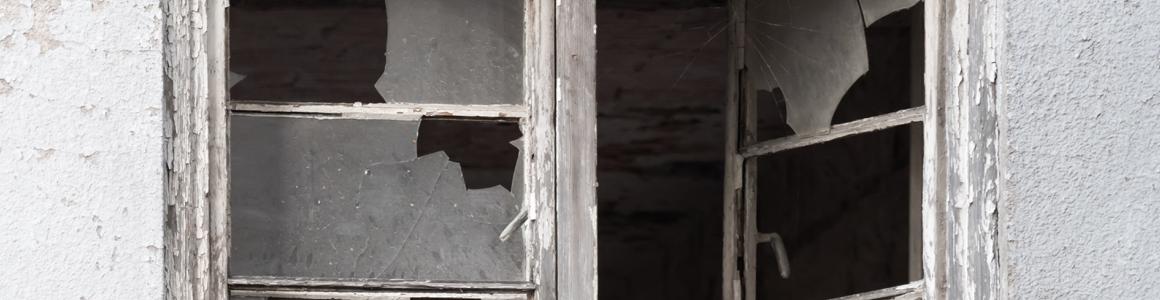 Dégradation du logement en cours de location : Qui est responsable ?